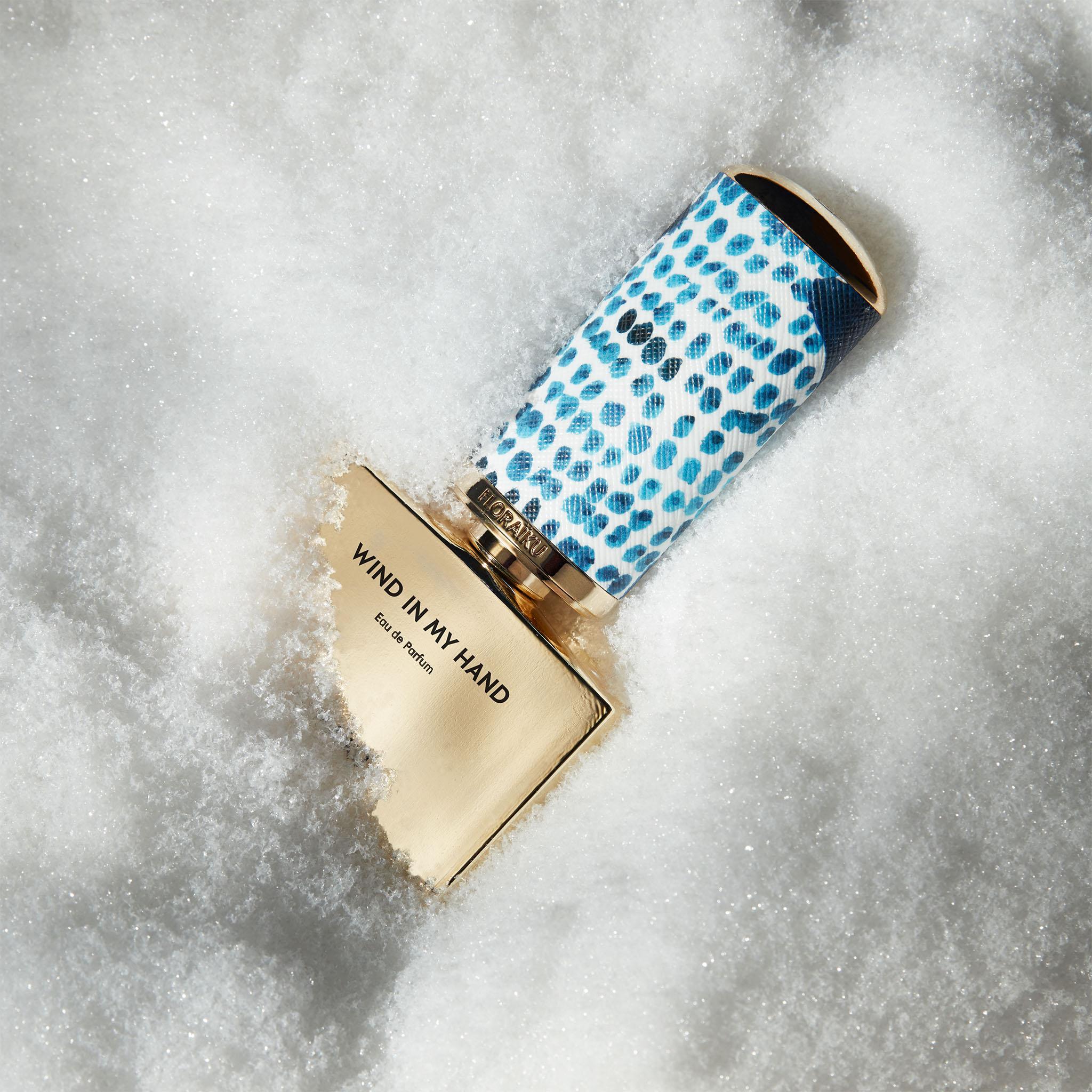 FLORAÏKU Brand Content. Parfum Japon Instagram Photos Wind in my Hand