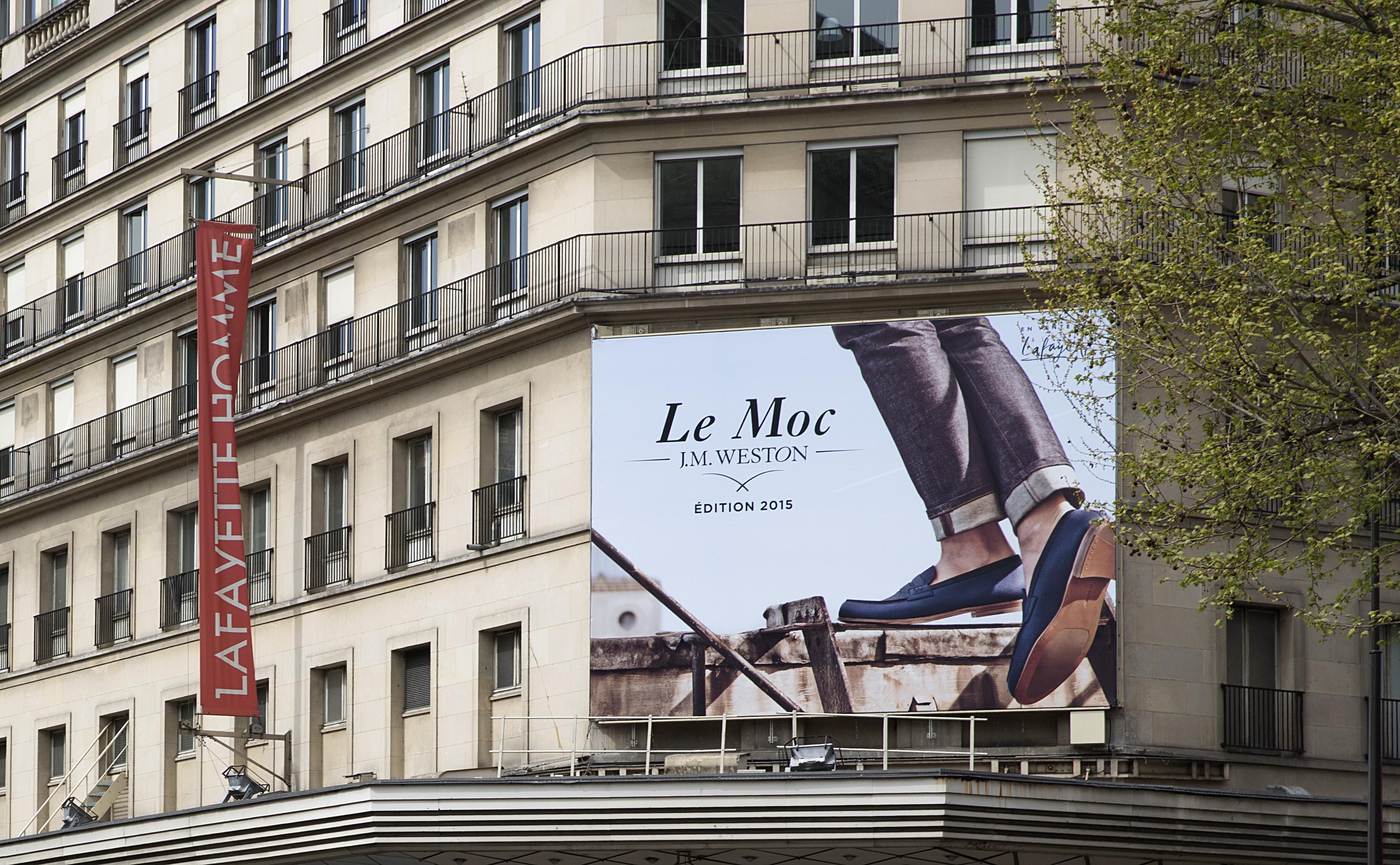 J.M. WESTON Le Moc' 2015. Mocassin Manufacture française Made in France Soulier Luxe Campagne Galeries Lafayette Bache Publicité