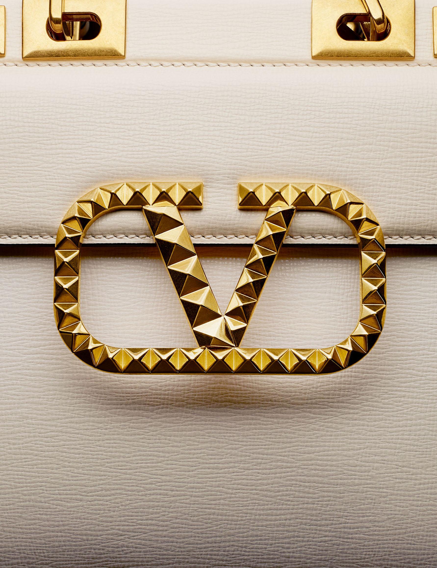 Faux Q magazine - Valentino